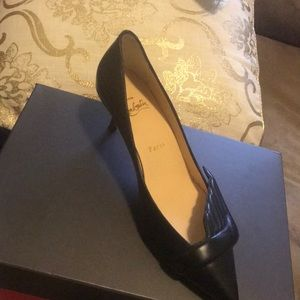 Never worn brand new louboutin size7 missing box
